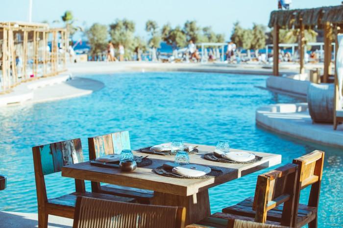 Santanna table pool copy