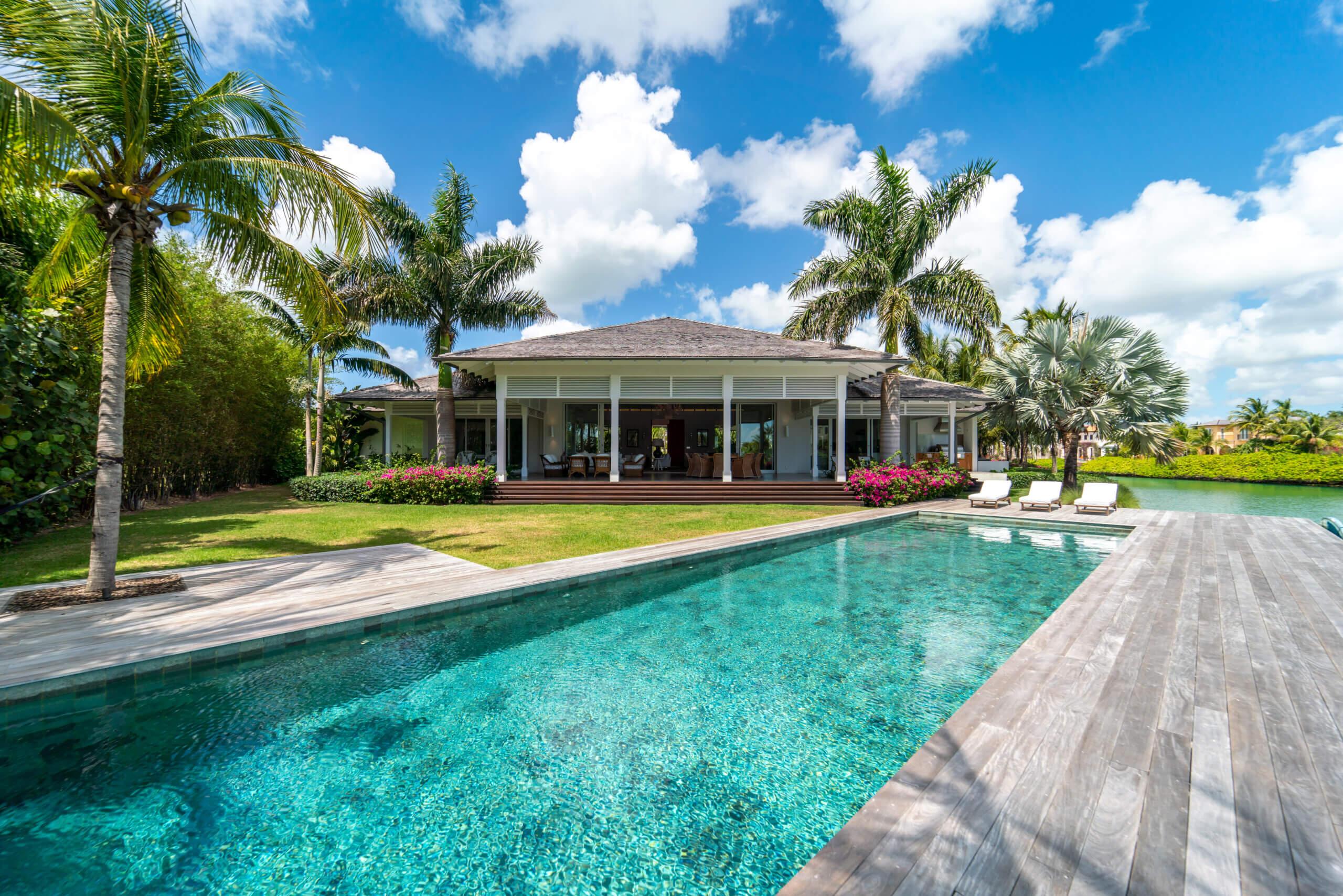 Condo Vikings and Jolie Luxury Homes